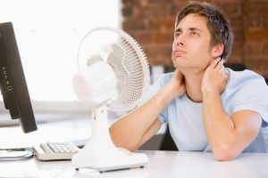 fan-hot-office-man